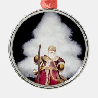 Arbre de Noël blanc de figurine du père noël sur Ornement Rond Argenté