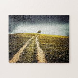 Arbre sur la colline puzzle