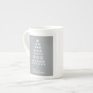 arbre vintage moderne de flocon de neige mug