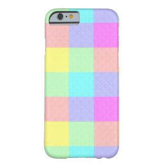 Arc-en-ciel en pastel Checkered Coque iPhone 6 Barely There
