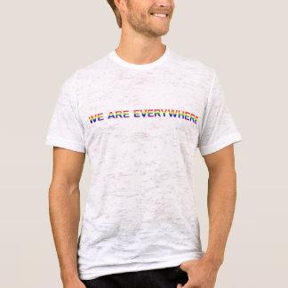 Arc-en-ciel - T-shirt de burn-out adapté par toile