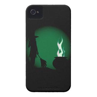 Arrière - plan de sorcière de Halloween Coques iPhone 4 Case-Mate