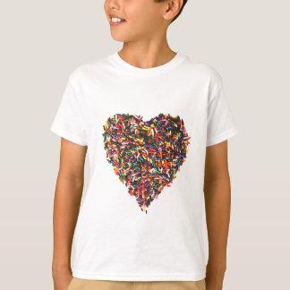 Arrose le T-shirt des enfants de coeur