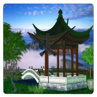 Art d'imaginaire de paysage de nature de pagoda horloge carrée