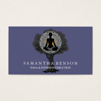Art élégant de logo d'arbre de pose de yoga de cartes de visite