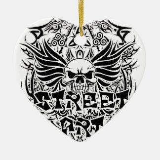 Art tribal de rue de tatouage ornement cœur en céramique