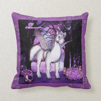 Art violet d'imaginaire de Pegasus Coussin