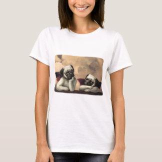 Articles angéliques de cadeau d'ange de carlin t-shirt