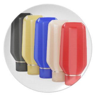 Assiette Cinq bouteilles en plastique pour les produits