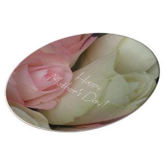 Assiette En Porcelaine Beau bouquet rose de fleur de roses blancs floral