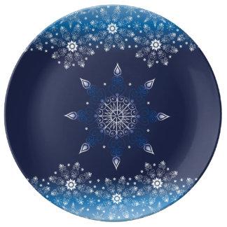Assiette En Porcelaine Belle conception bleue d'hiver