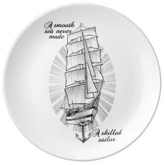 Assiette En Porcelaine Citation de schooner de bateau