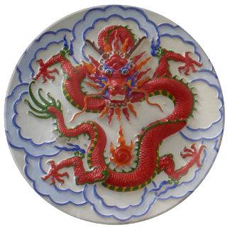 Assiette En Porcelaine Dragons, serpents et feu