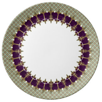 Assiette En Porcelaine Épées celtiques avec la frontière de Vuittonesque