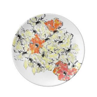 Assiette En Porcelaine Été dans des fleurs sauvages d'automne