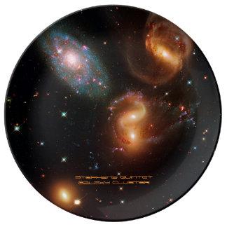 Assiette En Porcelaine Groupe de galaxie d'étoile d'espace lointain de