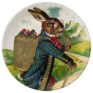 Assiette En Porcelaine Plat érudit antique de porcelaine de lapin de