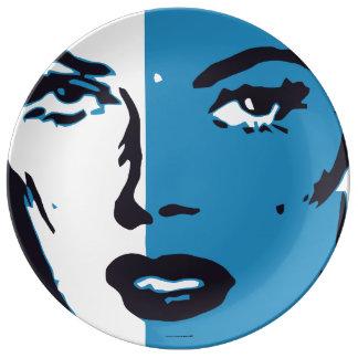 Assiette En Porcelaine Visage bleu de femme