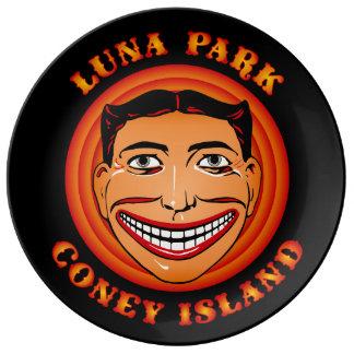 Assiette En Porcelaine Visage drôle vintage Tillie Luna Park de Coney