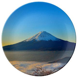 Assiette En Porcelaine Volcan