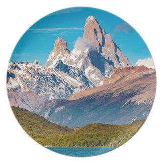 Assiette Lac et montagnes des Andes, Patagonia - Argentine