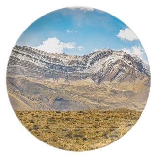 Assiette Patagonia Argentine de montagnes de Milou les