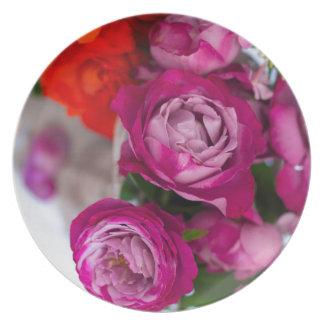 Assiette roses frais