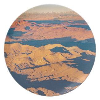 Assiette Scène aérienne de paysage de montagnes des Andes