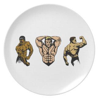 Assiettes En Mélamine Équipage de muscle - frappez une pose