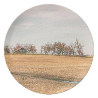 Assiettes En Mélamine Ferme abandonnée de prairie dans le Dakota du Nord