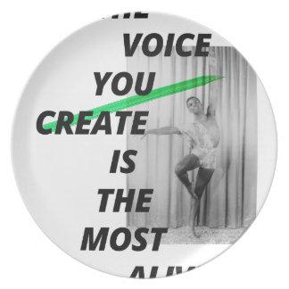 Assiettes En Mélamine La voix dans votre tête est la plus vivante