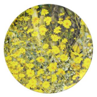 Assiettes En Mélamine Plat jaune de mélamine de fleurs sauvages