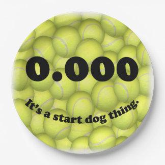 Assiettes En Papier 0,000, le début parfait, c'est une chose de chien
