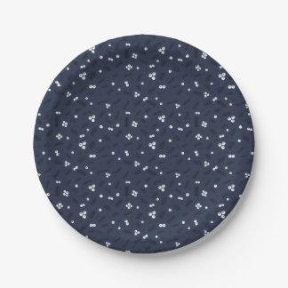 Assiettes En Papier Baies modernes et motif bleu de pin