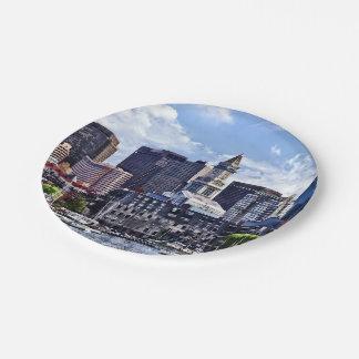Assiettes En Papier Boston mA - Horizon avec la tour de bureau de