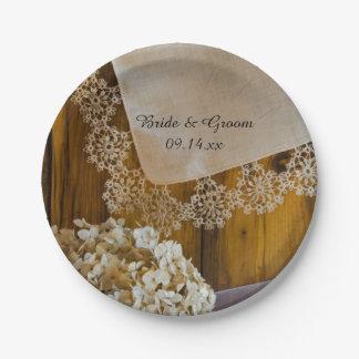 Assiettes En Papier Mariage de grange de dentelle et de fleurs de pays