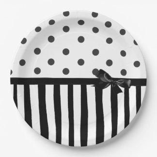 noire et blanche assiettes noire et blanche motifs pour assiettes. Black Bedroom Furniture Sets. Home Design Ideas