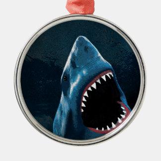 Attaque de requin ornement rond argenté