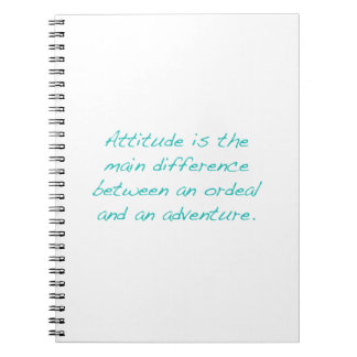 Attitude -- épreuve ou aventure (vert) carnet