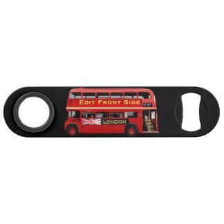 Autobus rouge de Londres orienté