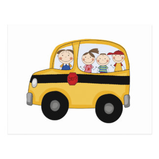 Autobus scolaire avec le T-shirts et les cadeaux Carte Postale