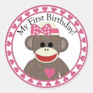 Autocollant d'anniversaire de fille de singe de