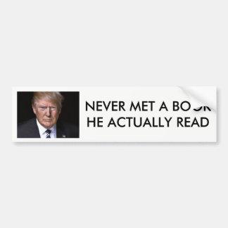 """Autocollant De Voiture """"Atout d'anti-Donald ne lisez jamais livre"""""""