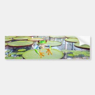 Autocollant De Voiture Escalade de grenouille verte sur la protection de