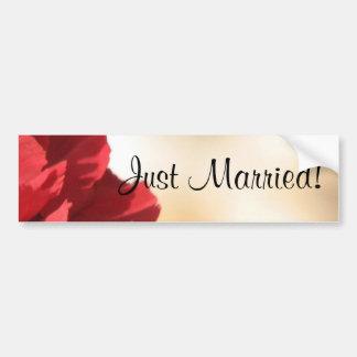 Autocollant De Voiture Juste floral rouge marié