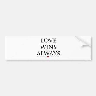 Autocollant De Voiture L'amour gagne toujours
