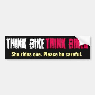 Autocollant De Voiture Pensez le vélo qu'elle monte