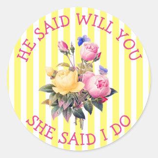 Autocollants chics floraux jaunes de faire-part de