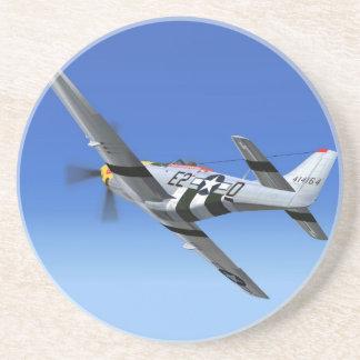 Avion de combat de mustang du 2ÈME GUERRE MONDIALE Dessous De Verre