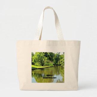 Ayez un beau jour ! (vue de rivière) grand sac